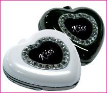 kiss_p.jpg